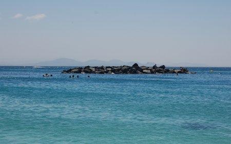 Rocas en Playa Dorada