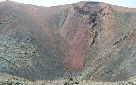 Cráter en el parque del Timanfaya