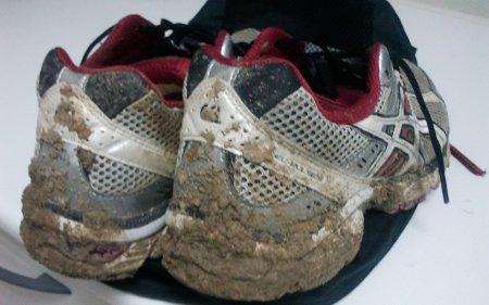 zapatillas-embarradas