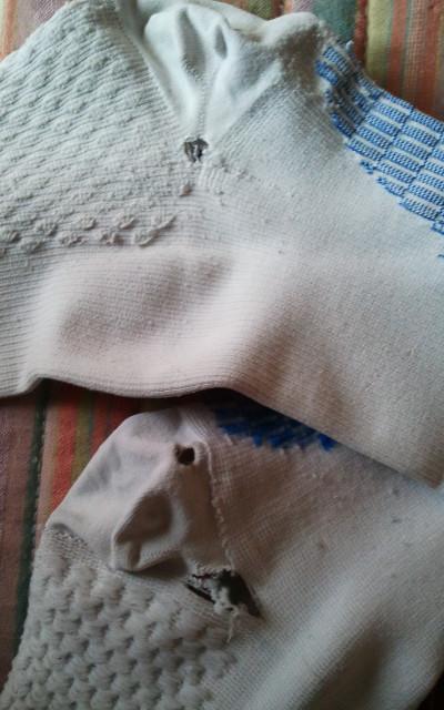 calcetines-medilast-rotos