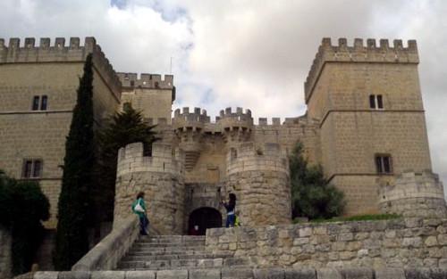 castillo-ampudia